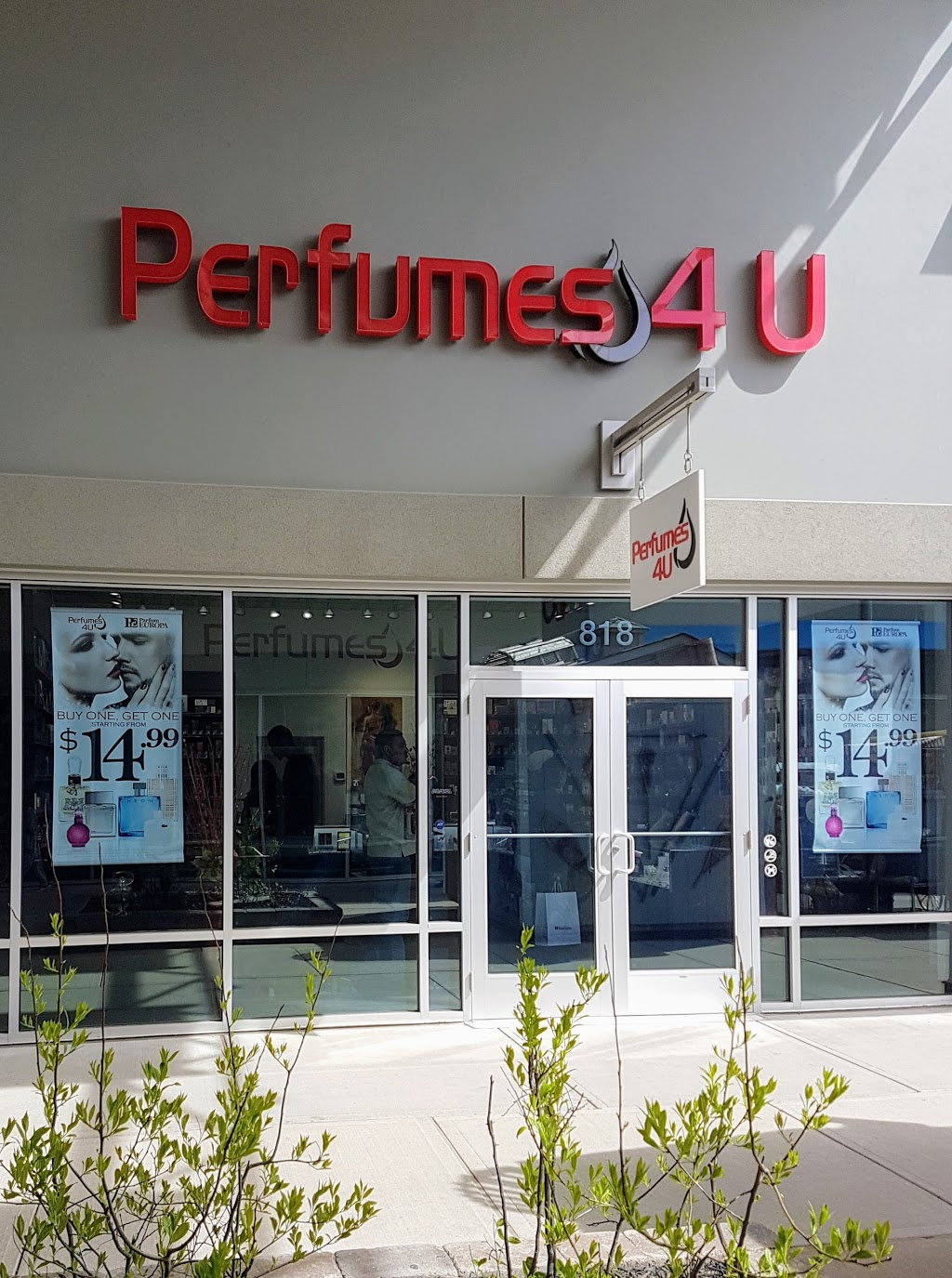 Perfumes 4U | clothing store | 13850 Steeles Avenue W, Suite 818, Halton Hills, ON L7G 0J1, Canada | 9058640094 OR +1 905-864-0094