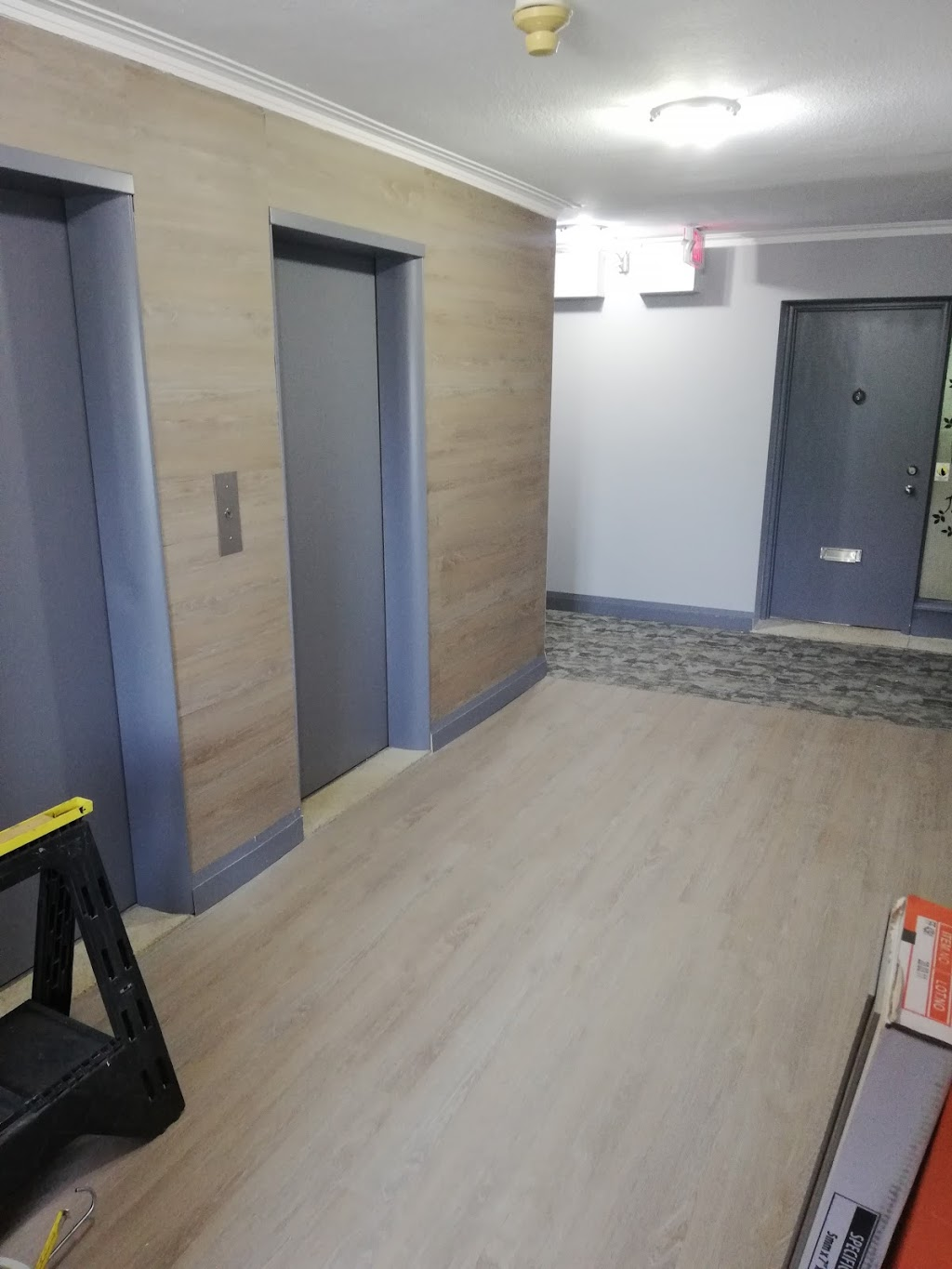 Canadian Construction and Floors | point of interest | 1758 Victoria Park Ave, North York, ON M1R 1R4, Canada | 6475641660 OR +1 647-564-1660