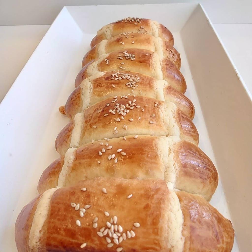 Kiki Asian Bakery & Cafe | cafe | 613 South Dr Unit E, Summerside, PE C1N 3Z6, Canada | 9025986786 OR +1 902-598-6786