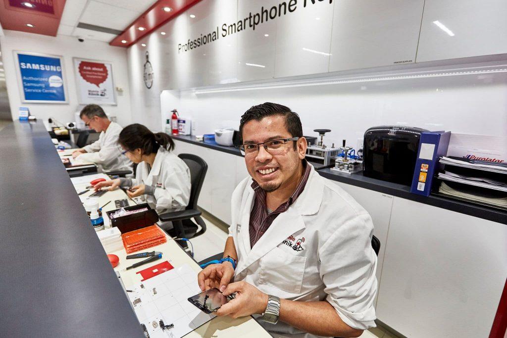 Mobile Klinik Professional Smartphone Repair - Burlington | store | 900 Maple Ave Unit BB6B, Burlington, ON L7S 2J8, Canada | 9055920254 OR +1 905-592-0254