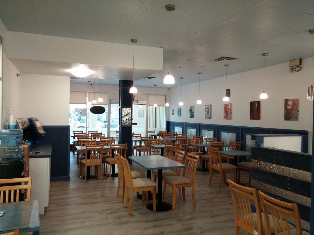 Gilmours Corner | restaurant | 1833 Scarth St, Regina, SK S4P 2G2, Canada | 3063473422 OR +1 306-347-3422