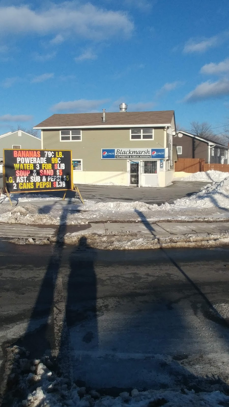 Blackmarsh Superette & Deli | convenience store | 137 Blackmarsh Rd, St. Johns, NL A1E 1S9, Canada | 7097398537 OR +1 709-739-8537