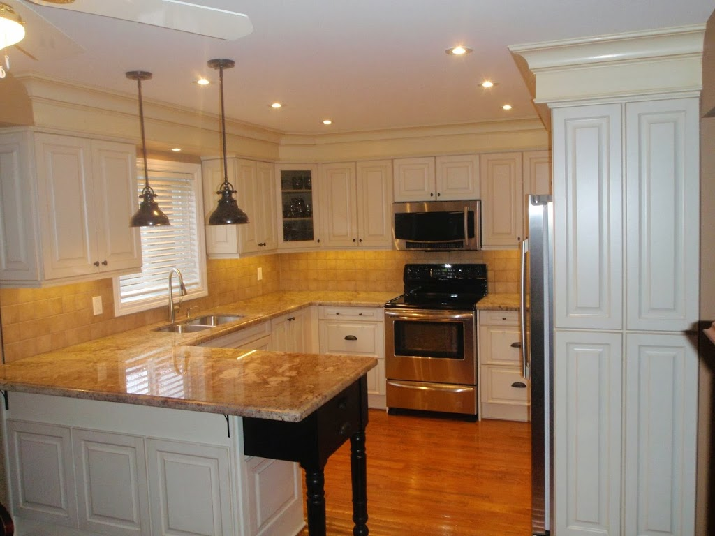 Canadiana Kitchens | cemetery | 170 Codrington St, Barrie, ON L4M 1S1, Canada | 7057965296 OR +1 705-796-5296