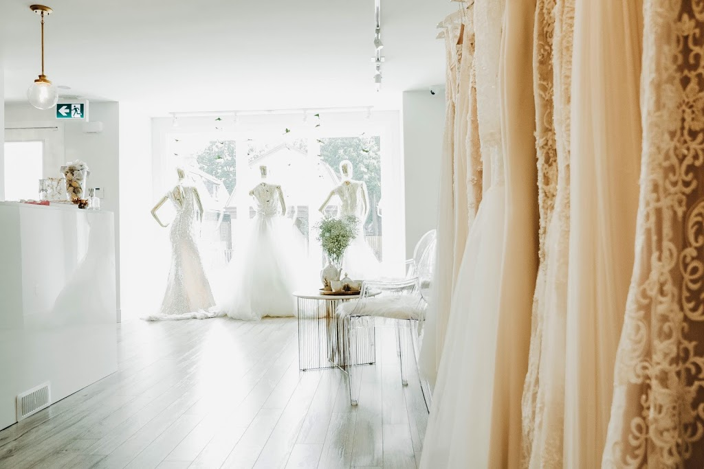 LAVENDER Bridal Boutique | clothing store | 15 Oxford St W, London, ON N6H 1R2, Canada | 5196011448 OR +1 519-601-1448