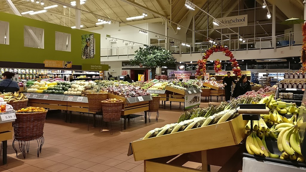 Loblaws | bakery | 5010 Glen Erin Dr, Mississauga, ON L5M 6J3, Canada | 9056070580 OR +1 905-607-0580