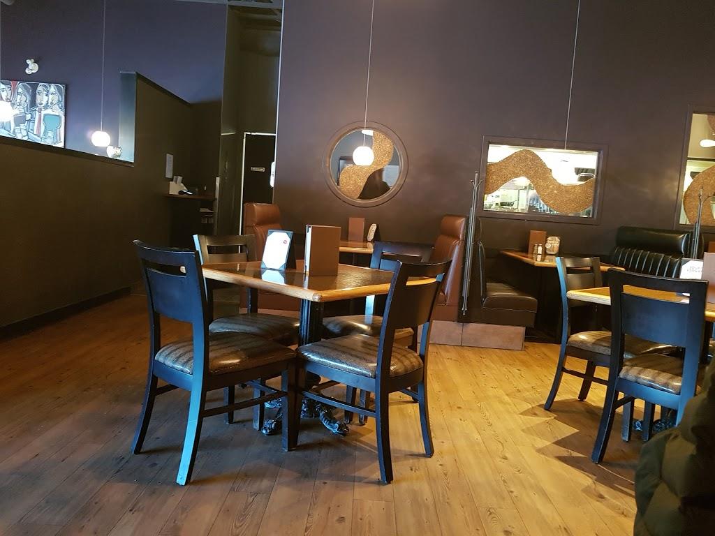 Rock Creek Tap & Grill | restaurant | 3255 Quance St, Regina, SK S4V 3B7, Canada | 3065867625 OR +1 306-586-7625