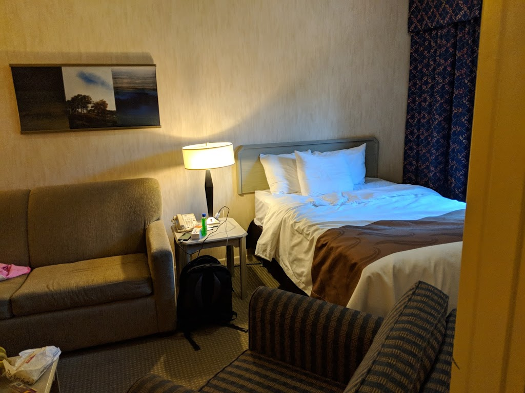 Quality Suites | lodging | 1700 Champlain Ave, Whitby, ON L1N 6A7, Canada | 9054328800 OR +1 905-432-8800