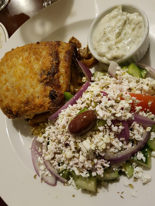 San Remo Restaurant | meal delivery | 2709 Quadra St, Victoria, BC V8T 4E5, Canada | 2503845255 OR +1 250-384-5255