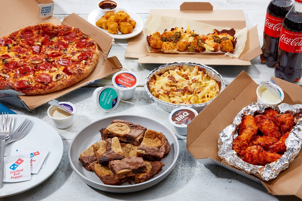 Dominos Pizza | meal delivery | 4000 Tecumseh Rd E, Windsor, ON N8W 1J6, Canada | 5199486116 OR +1 519-948-6116