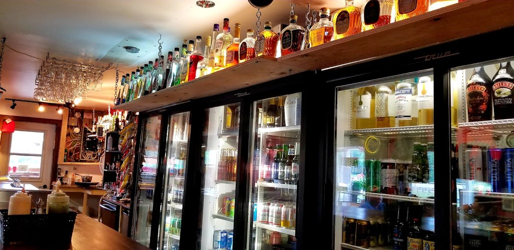 Calvyns Pub-N-Eatery   point of interest   25770 Hwy 41, Griffith, ON K0J 2R0, Canada   6133339892 OR +1 613-333-9892