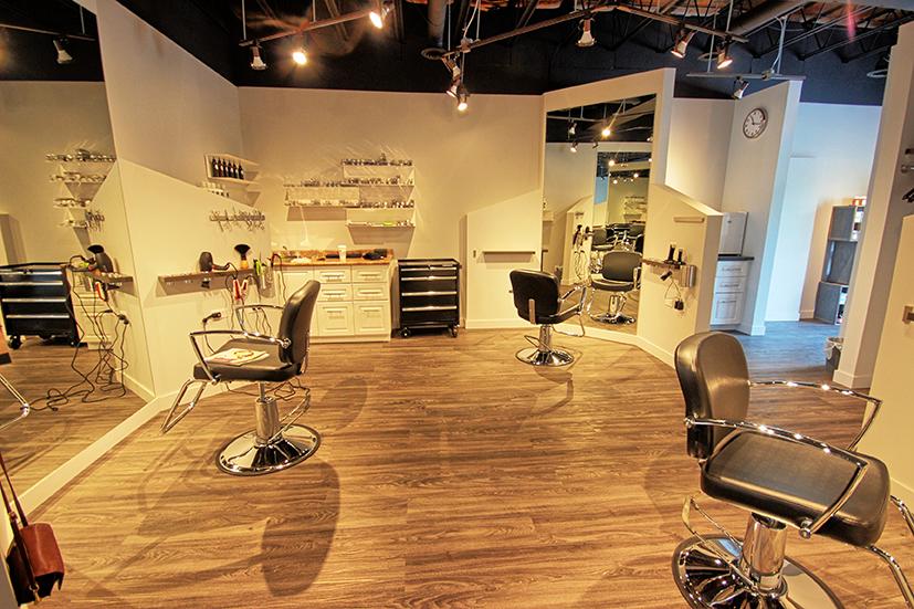Chez Gérard | hair care | 83 Sherbrook St, Winnipeg, MB R3C 2B2, Canada | 2047798258 OR +1 204-779-8258