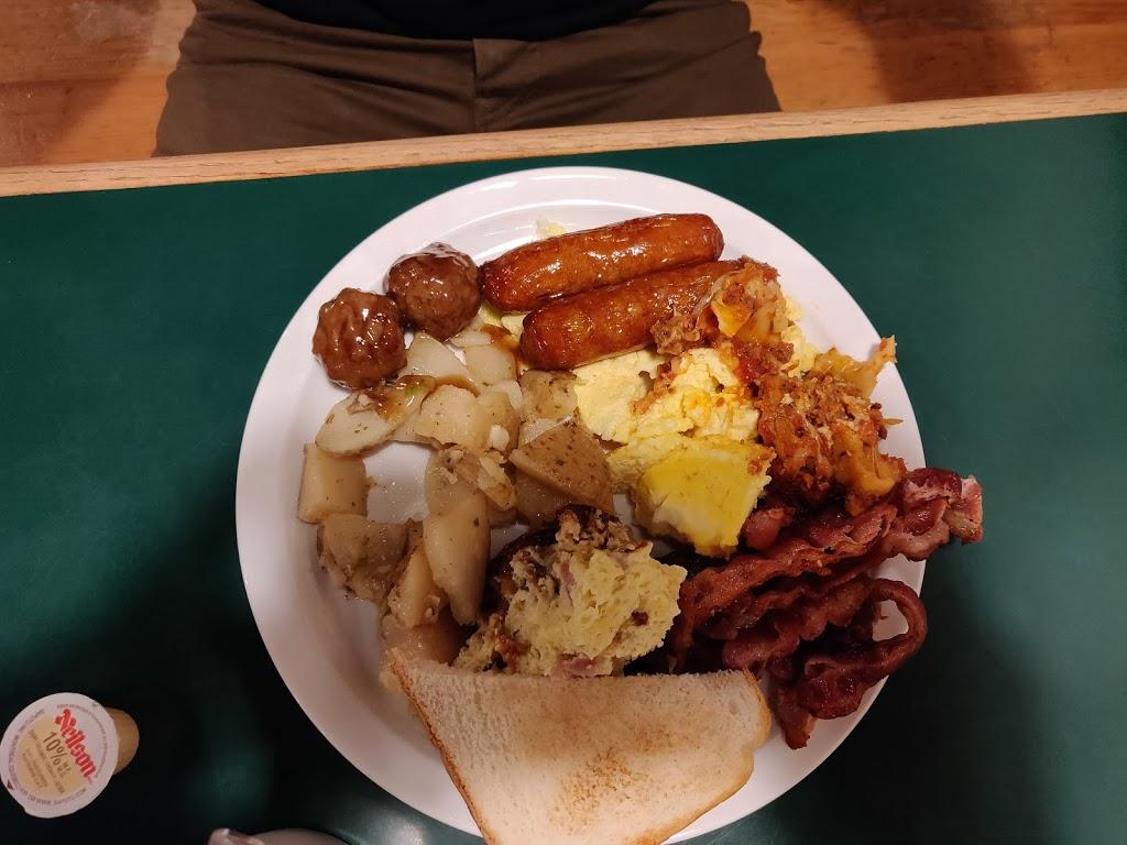 Cravings Family Restaurant   restaurant   208 7th Ave, Hanover, ON N4N 2H1, Canada   5193647141 OR +1 519-364-7141