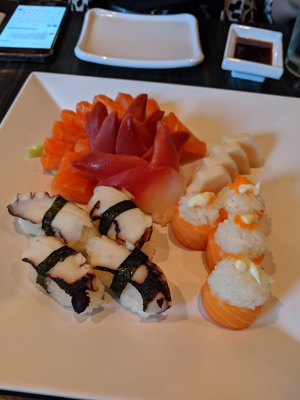 Sake Sushi | restaurant | 1571 Seacliff Dr, Kingsville, ON N9Y 2M5, Canada | 5193261688 OR +1 519-326-1688