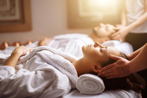 Retreat Centre spa massage | spa | 1900 Walkers Line unit 6, Burlington, ON L7M 4W5, Canada | 9053195666 OR +1 905-319-5666