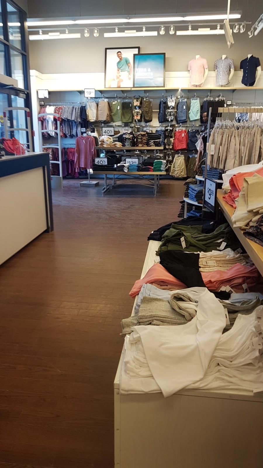 Gap Outlet | clothing store | 1718 Preston Ave N, Saskatoon, SK S7N 4Y1, Canada | 3069319711 OR +1 306-931-9711