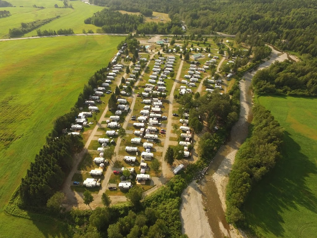 Camping St-Philemon   campground   1330 QC-216, Buckland, QC G0R 4A0, Canada   4184692283 OR +1 418-469-2283