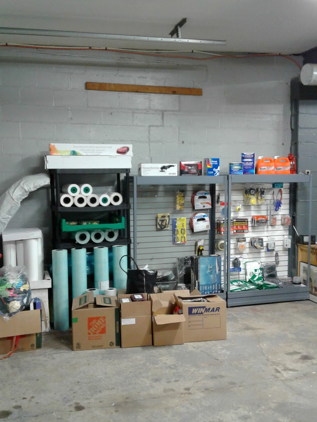 MAD AUTO BODY & PAINT SUPPLY | car repair | 132 Beach Rd, Hamilton, ON L8L 4A2, Canada | 2898600366 OR +1 289-860-0366