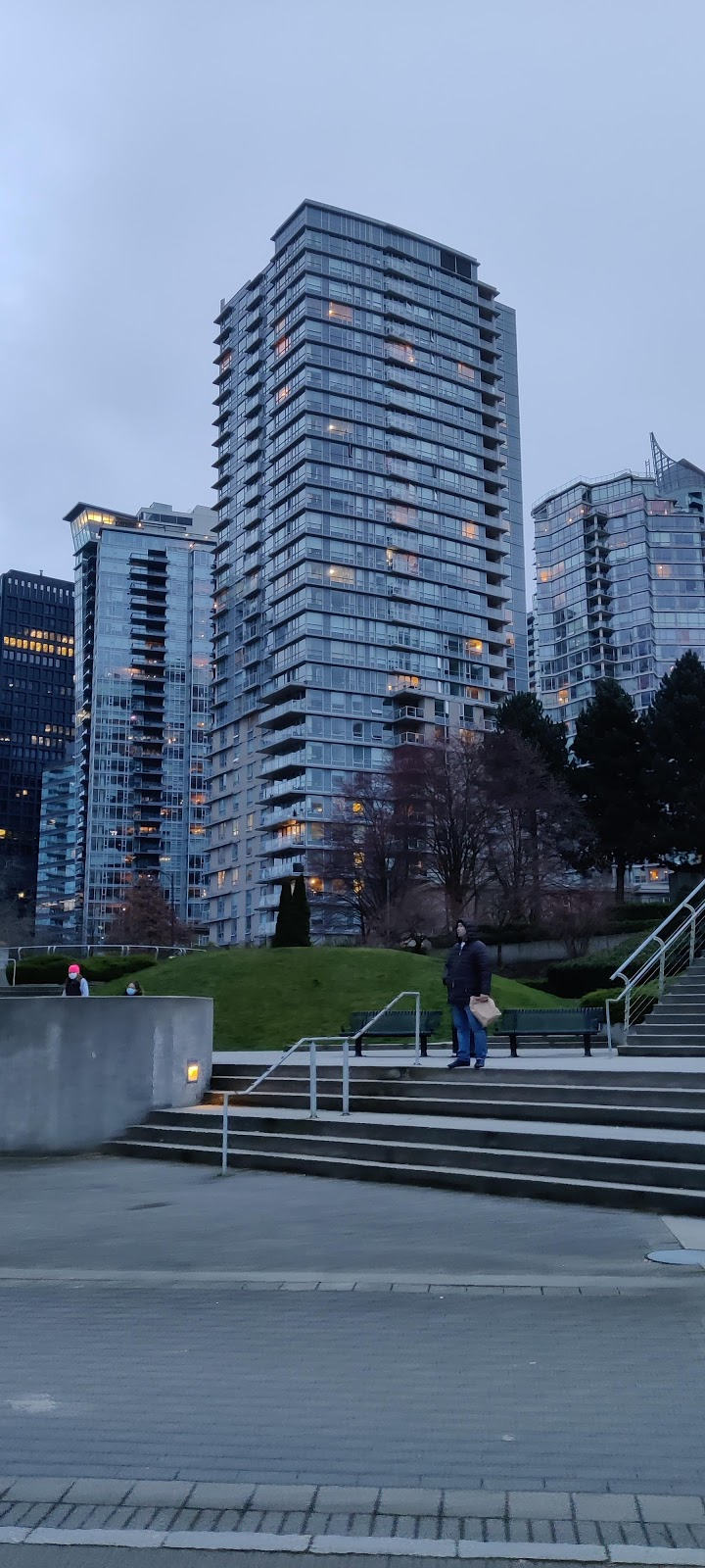 Coal Harbour Community Centre   point of interest   480 Broughton St, Vancouver, BC V6G 3H4, Canada   6047188222 OR +1 604-718-8222