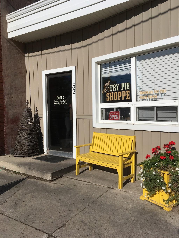 Lil Fry Pie Shoppe - Bakery | 32 Main St N, Milverton, ON