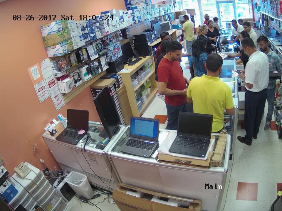 AA Wireless   point of interest   105 Father Tobin Rd, Brampton, ON L6R 0W9, Canada   4165618337 OR +1 416-561-8337
