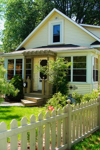 Prospect House Bed and Breakfast | lodging | 45 Prospect St, Kingsville, ON N9Y 1M6, Canada | 5197129040 OR +1 519-712-9040