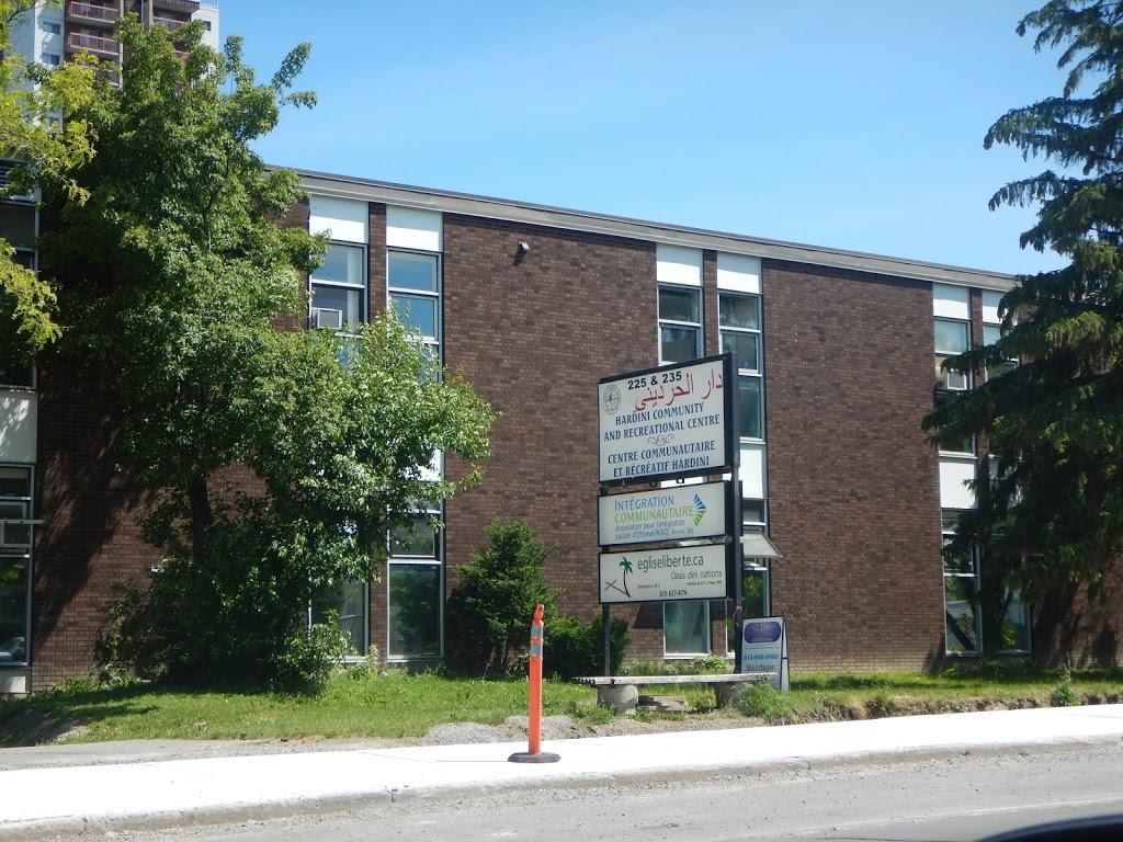 Église liberté - Oasis des nations | church | 235 Donald St, Ottawa, ON K1K 4B7, Canada | 6136954174 OR +1 613-695-4174