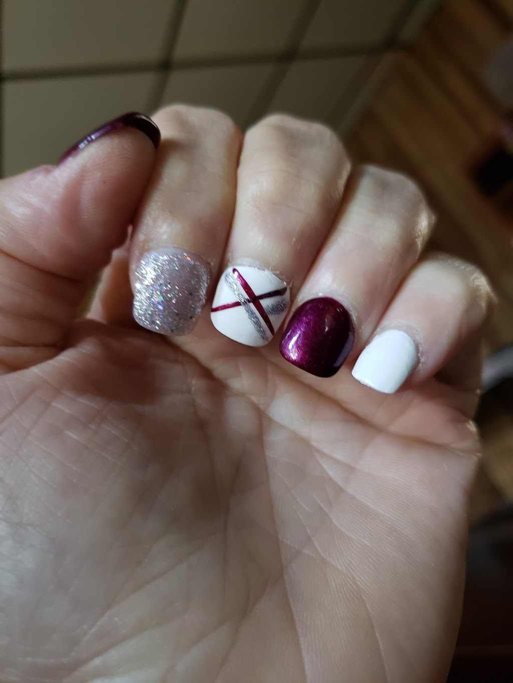 Johns Nails & Spa | spa | 3750 Tecumseh Rd E, Windsor, ON N8W 1H9, Canada | 5199482200 OR +1 519-948-2200
