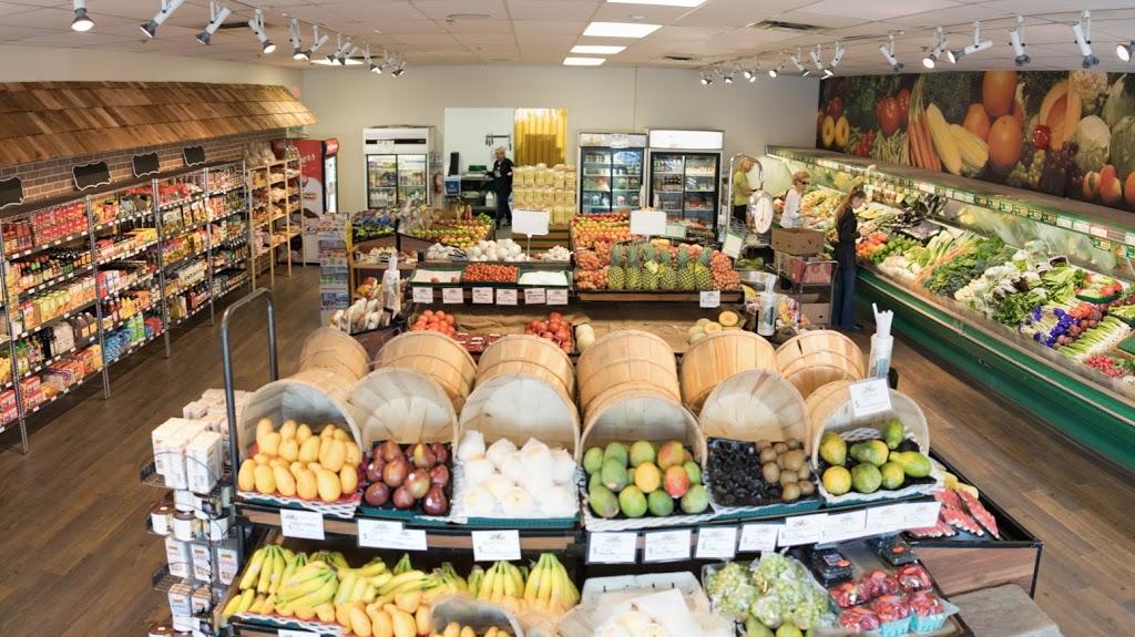 Mikes Produce | store | 102-2365 Gordon Dr, Kelowna, BC V1W 3C2, Canada | 2507633131 OR +1 250-763-3131
