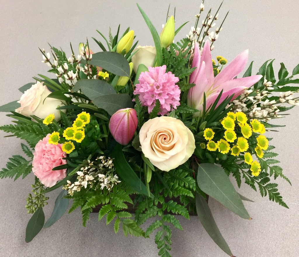 Paris in Bloom | florist | 96 Paris St, Sudbury, ON P3E 3E1, Canada | 7056749685 OR +1 705-674-9685