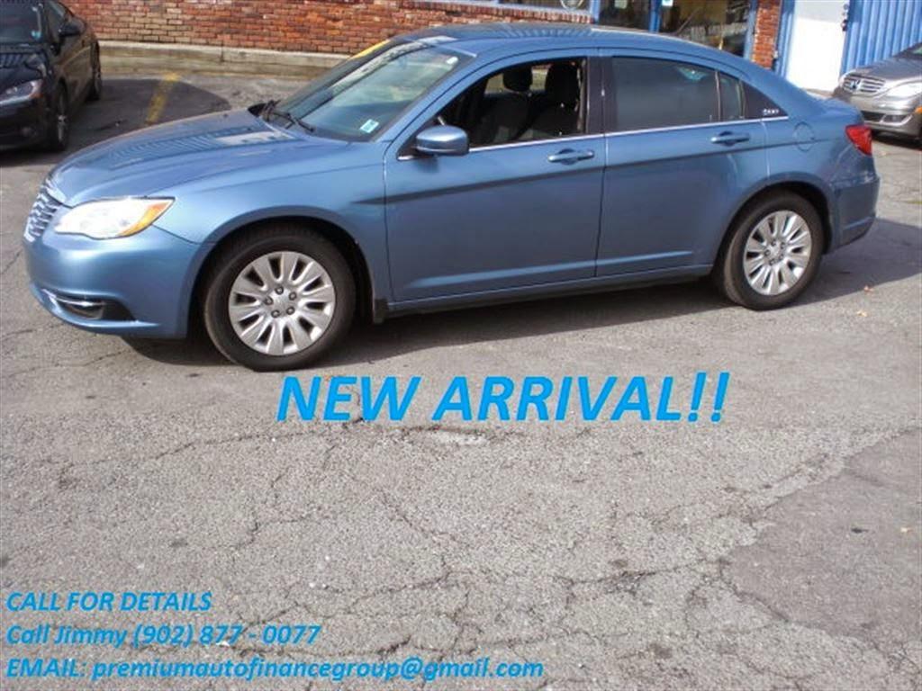 Premium Auto | car dealer | 308 Windmill Rd, Dartmouth, NS B3A 1H2, Canada | 9024662277 OR +1 902-466-2277
