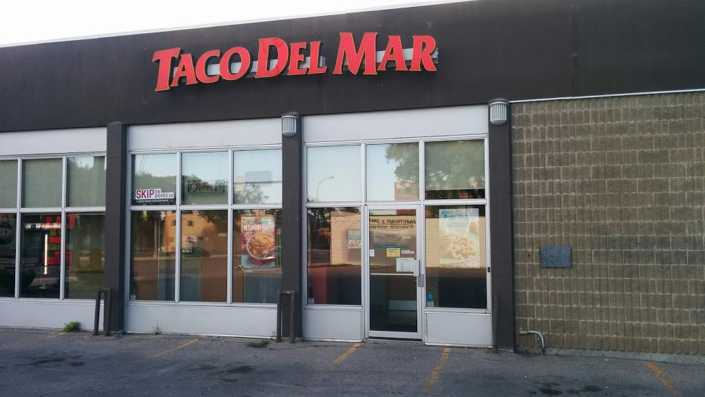 Taco Del Mar | restaurant | 1132 Portage Ave, Winnipeg, MB R3G 0S7, Canada | 2047838822 OR +1 204-783-8822