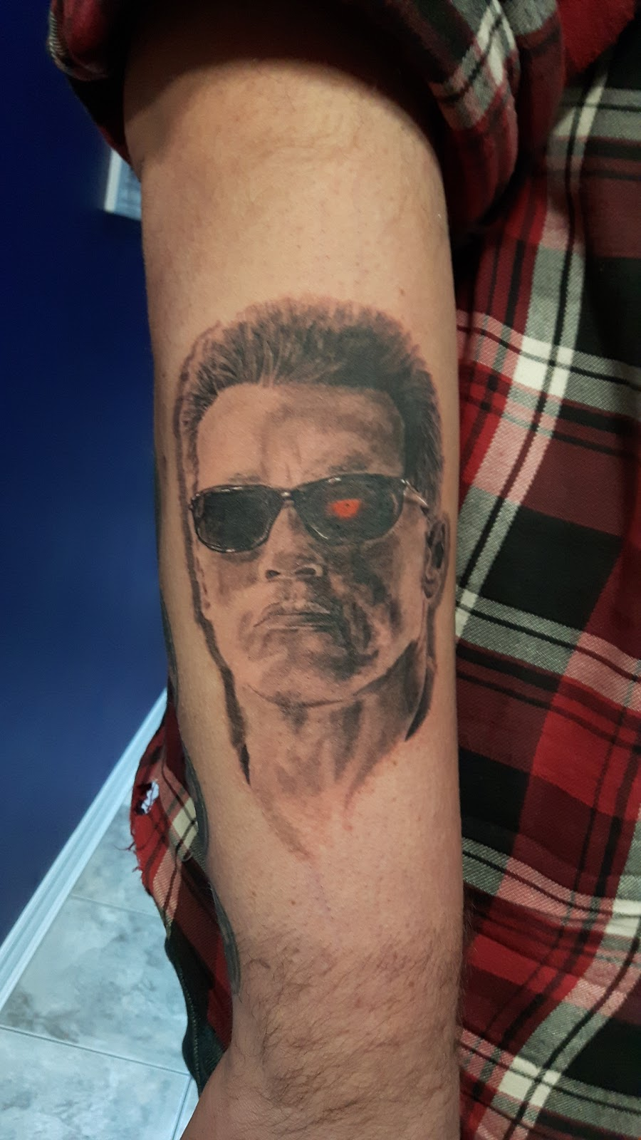 Kryptonian Ink | store | 428 Concession St, Hamilton, ON L9A 1B9, Canada | 9055226993 OR +1 905-522-6993