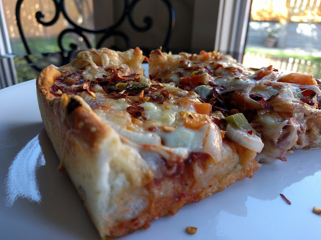 Chicago Deep Dish Pizza | meal delivery | 34 Edgedale Dr NW, Calgary, AB T3A 2S9, Canada | 4035030808 OR +1 403-503-0808