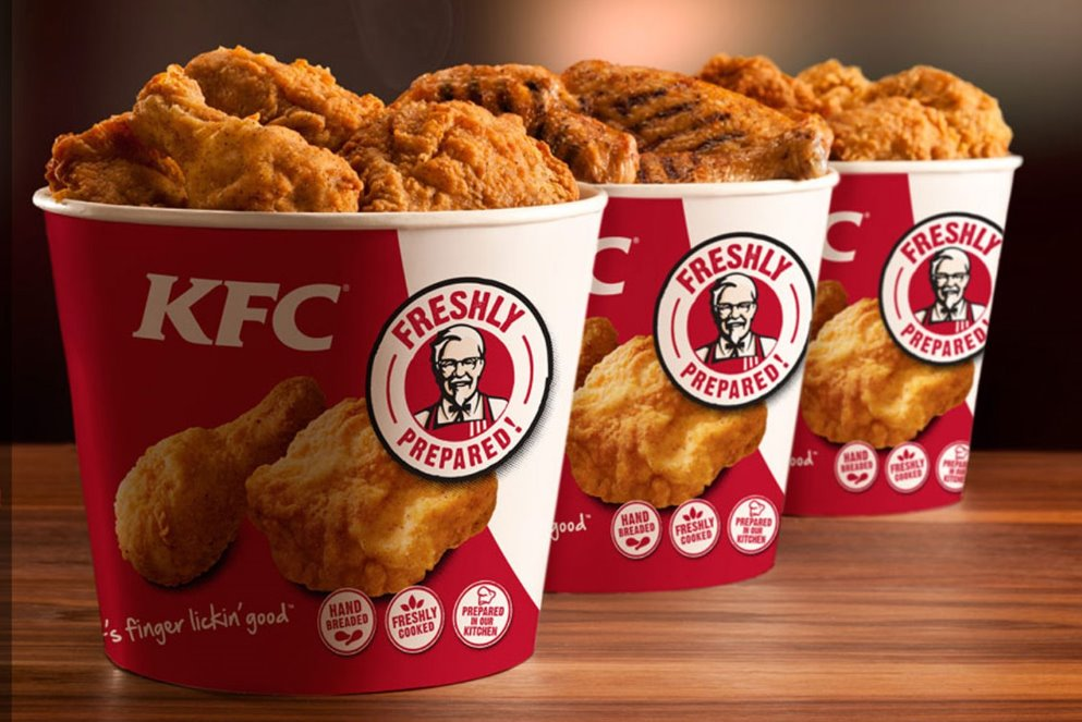 KFC   meal delivery   315 Bayfield St N, Barrie, ON L4M 3C2, Canada   7057267220 OR +1 705-726-7220