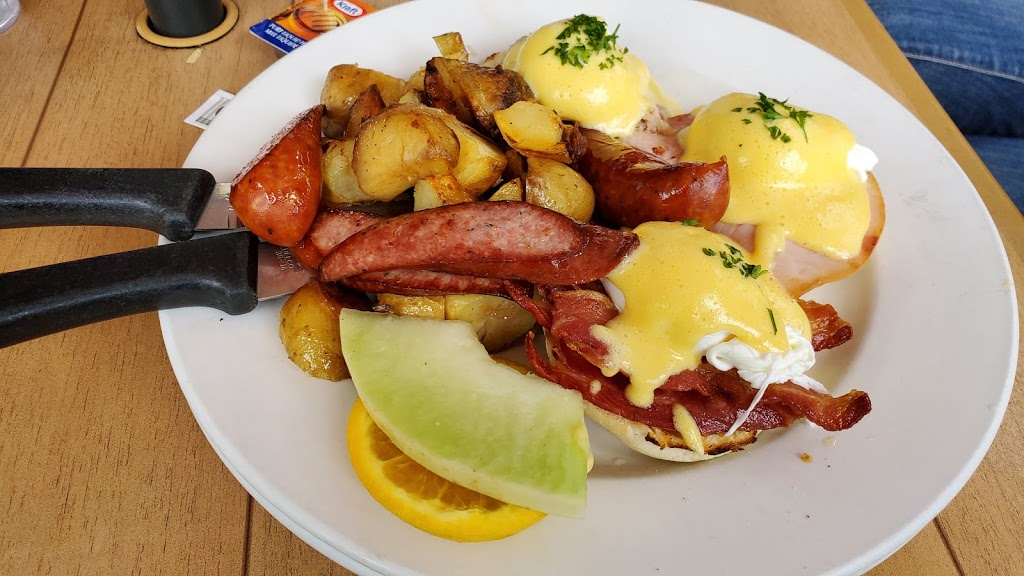 Wild Wood Cafe & Catering Co | cafe | 1085 Millar Creek Rd, Whistler, BC V0N 1B1, Canada | 6049055066 OR +1 604-905-5066
