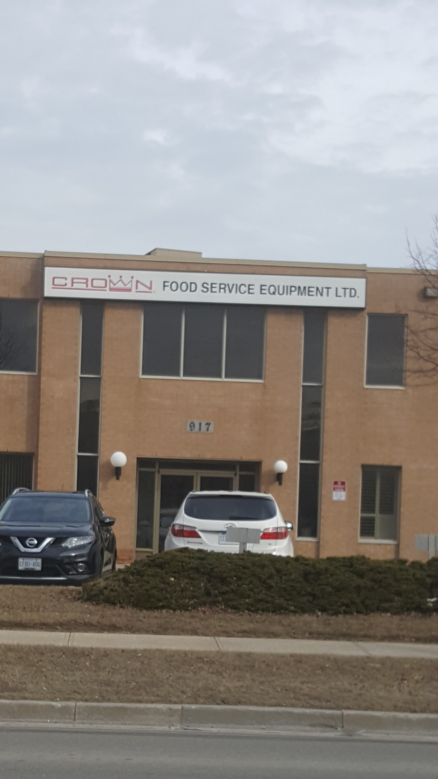 Crown Food Service Equipment | store | 917 Edgeley Blvd, Concord, ON L4K 4V9, Canada | 9057615649 OR +1 905-761-5649
