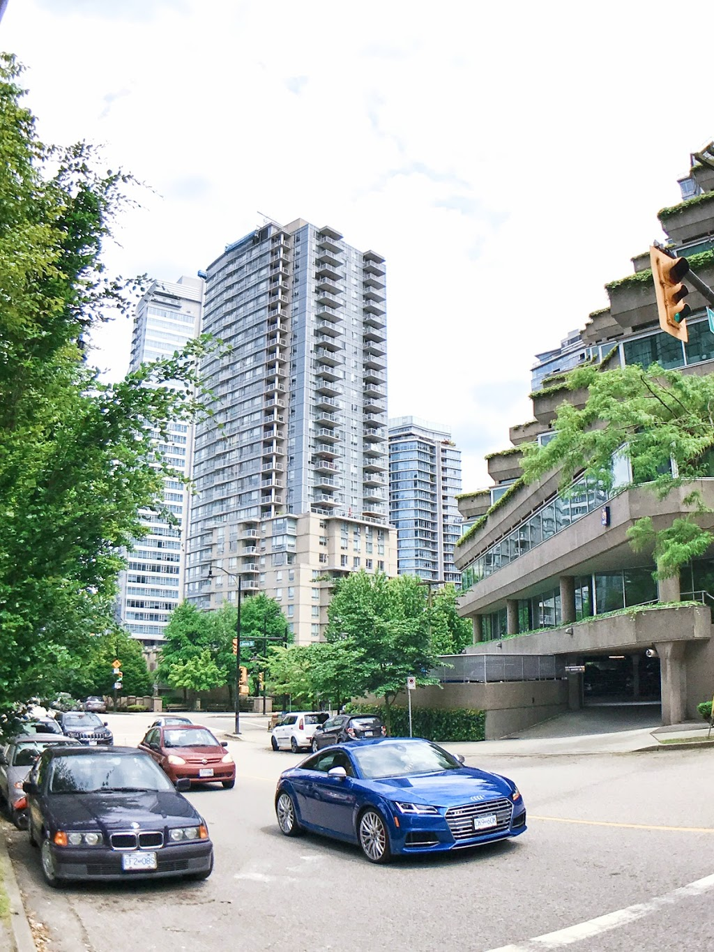 Real Estate Coal Harbour | real estate agency | 708-1155 W Pender St, Vancouver, BC V6E 2P4, Canada | 7789910649 OR +1 778-991-0649