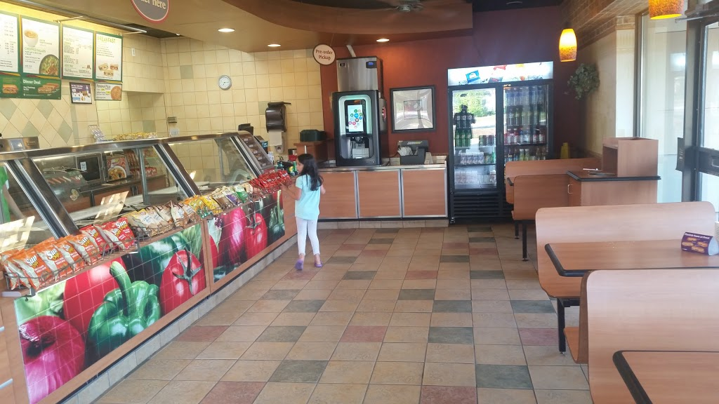Subway | meal takeaway | 324 Highland Rd W, Kitchener, ON N2M 5G2, Canada | 5195787827 OR +1 519-578-7827