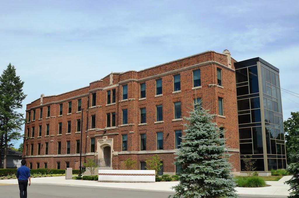 Columbia International College | school | 1003 Main St W, Hamilton, ON L8S 4P3, Canada | 9055727883 OR +1 905-572-7883