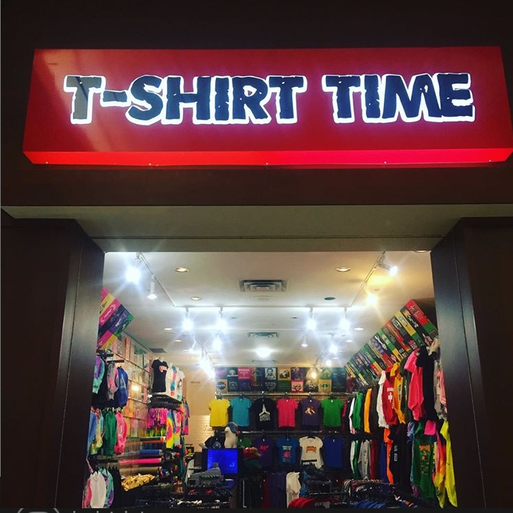 T Shirt Time Georgian Mall | clothing store | 509 Bayfield St, Barrie, ON L4M 4Z8, Canada | 7052524200 OR +1 705-252-4200