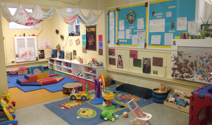 Childrens Circle Day Care | point of interest | 175 Hampton Ave, Toronto, ON M4K 2Z3, Canada | 4164615151 OR +1 416-461-5151