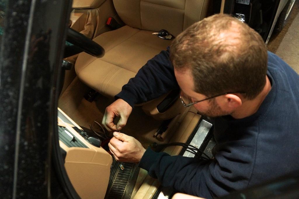 Zolis Rally Garage | car repair | 21 Grand Ave, Kitchener, ON N2K 1B2, Canada | 5195767228 OR +1 519-576-7228