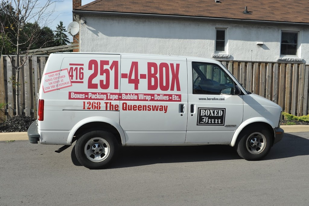 Boxed Inn   moving company   1268 The Queensway, Etobicoke, ON M8Z 1S3, Canada   4162514269 OR +1 416-251-4269