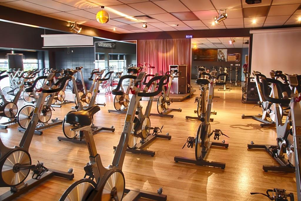 Club Avantage Multi-Sports | gym | 1080 Rue Bouvier, Québec, QC G2K 1L9, Canada | 4186273343 OR +1 418-627-3343