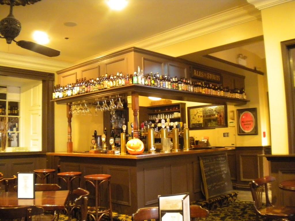 Henry House | restaurant | 1222 Barrington Street, Halifax, NS B3J 1Y6, Canada | 9024235660 OR +1 902-423-5660