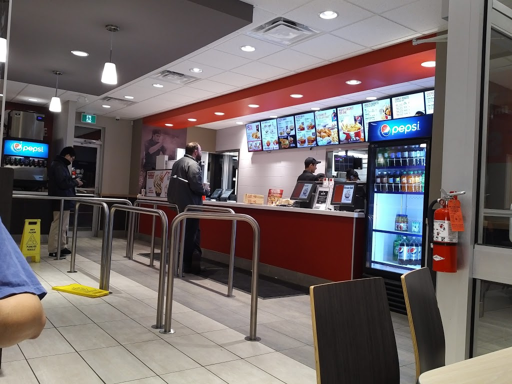 KFC | meal delivery | 875 Highland Rd W, Kitchener, ON N2N 2Y2, Canada | 5195768013 OR +1 519-576-8013