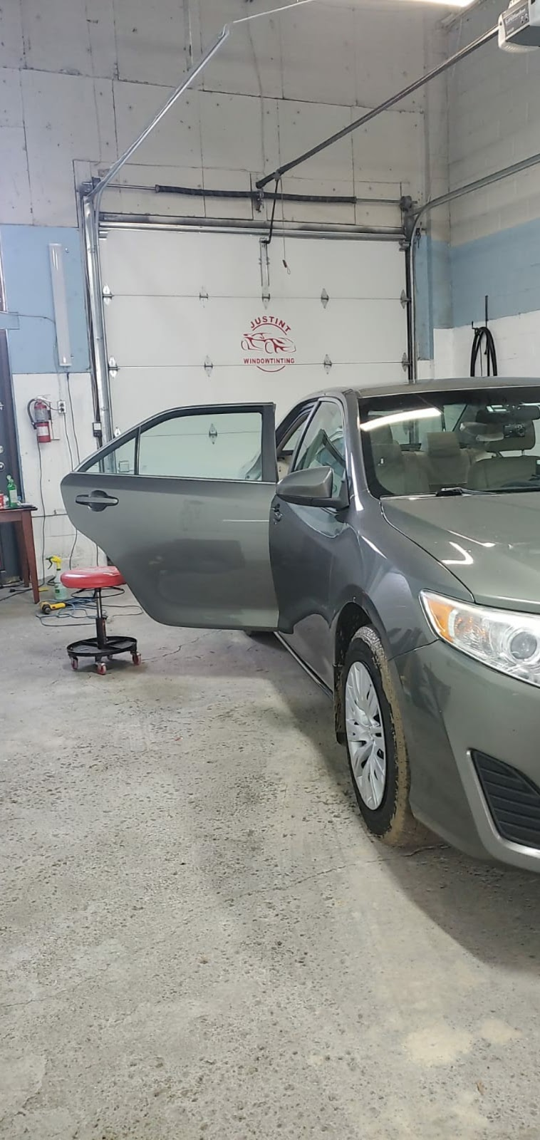 JUSTINT WINDOW TINTING   car repair   4801 Keele St unit# 3, North York, ON M3J 3A4, Canada   6473308033 OR +1 647-330-8033