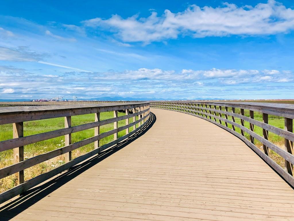 Tsawwassen Landing Boardwalk | park | 1926 Tsawwassen Dr N, Tsawwassen, BC V4M 4G4, Canada