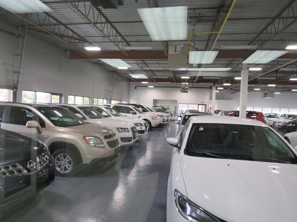 CrediCar | car dealer | 125 Ashwarren Rd, North York, ON M3J 3K7, Canada | 4166392142 OR +1 416-639-2142