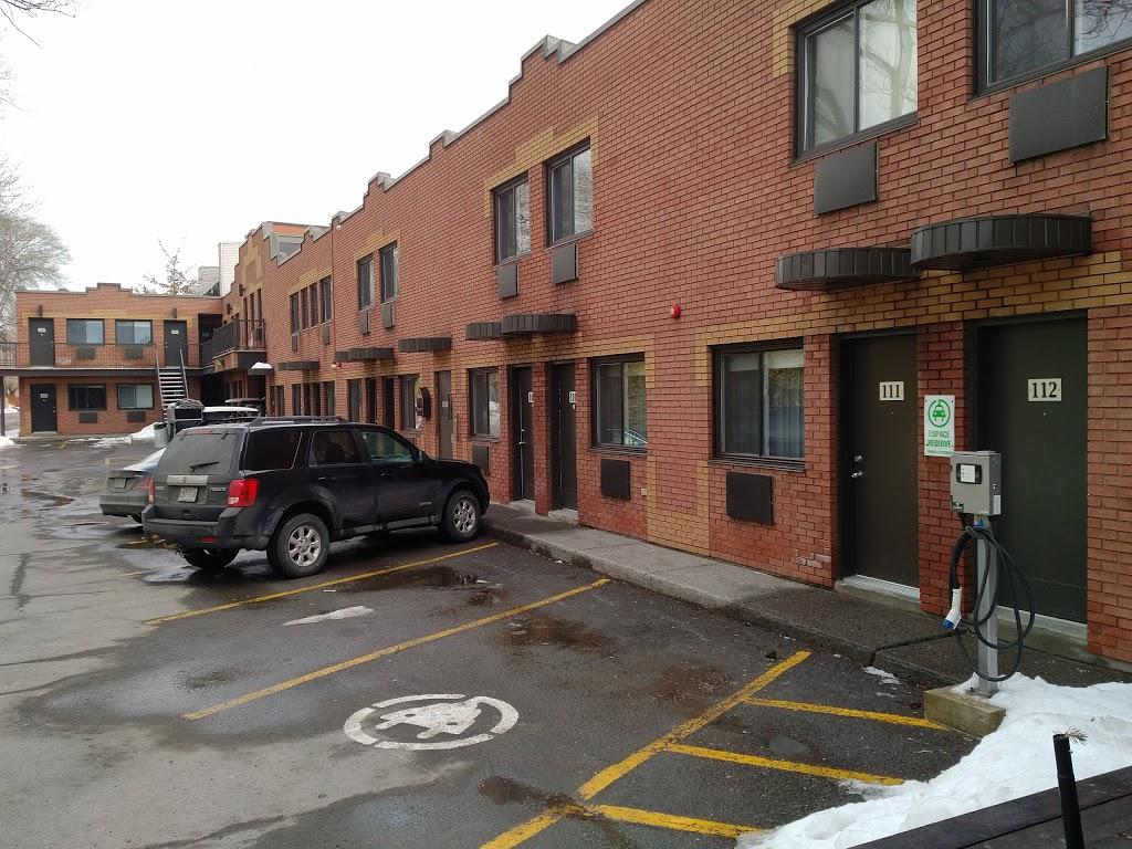Motel Ideal   lodging   10195 Rue Lajeunesse, Montréal, QC H3L 2E3, Canada   5143898434 OR +1 514-389-8434